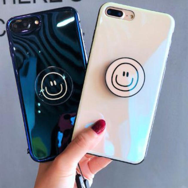 Prada iPhone7 plus ケース 財布 | アイフォンケース☆スマイリー柄☆エアバッグスタンド☆iPhone7.8.Xの通販 by shima♡'s shop|ラクマ