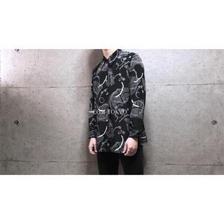 [used]black art design polyester shirt.(シャツ/ブラウス(長袖/七分))