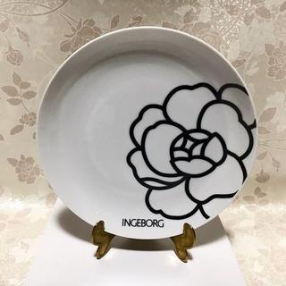 インゲボルグ カメリア柄 お皿 直径20.5cm ノベルティ