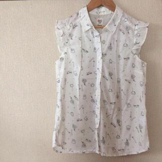 シマムラ(しまむら)の肩フリルブラウス(シャツ/ブラウス(半袖/袖なし))
