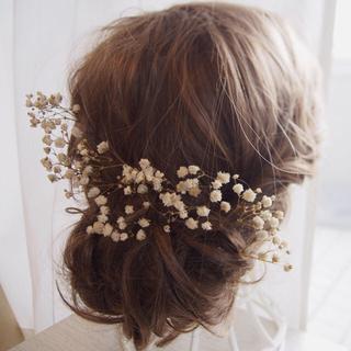かすみ草ドライフラワーの髪飾り 結婚式や前撮り、卒業式や入学式などに 和装にも(ヘアピン)