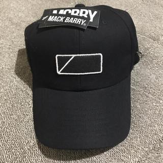 ボウダンショウネンダン(防弾少年団(BTS))のBTS JIN着用 MACK BARRY NONANE CURVE CAP(キャップ)
