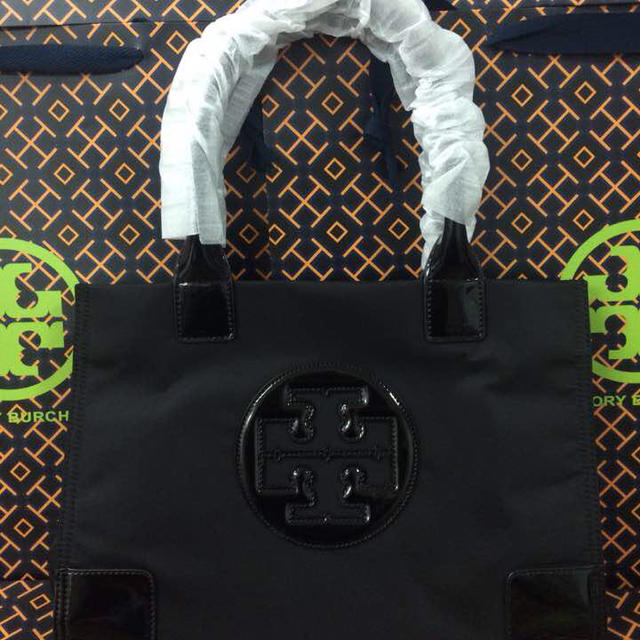 Tory Burch(トリーバーチ)の新品❤️ナイロントート小ブラック レディースのバッグ(トートバッグ)の商品写真