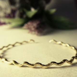 Original - ◯真鍮ブレスレット 華奢なスカラップ◯