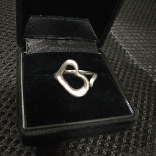 ❬シルバーリング オープンハート 8.5号❭(リング(指輪))