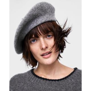 ザラ(ZARA)の新品 ZARA ベレー帽 グレー ウール100% タグ付き(ハンチング/ベレー帽)