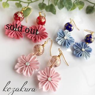 とんぼ玉と桜のピアスorイヤリング(ピアス)