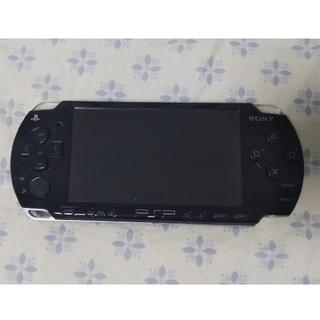 プレイステーションポータブル(PlayStation Portable)のPSP2000 ピアノ・ブラック(携帯用ゲーム本体)
