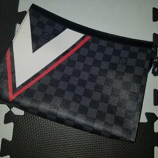ルイヴィトン(LOUIS VUITTON)のルイヴィトンクラッチ美品(メッセンジャーバッグ)