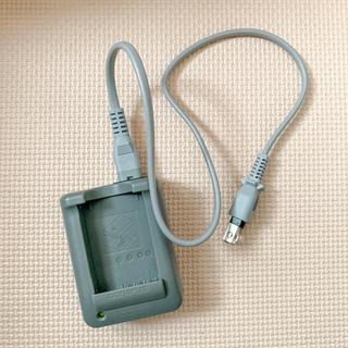 オリンパス(OLYMPUS)のOLYMPUS  純正  充電器(バッテリー/充電器)