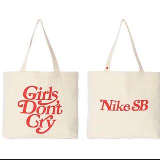 ナイキ(NIKE)のnikesb girls don't cry トートバッグ エコバッグ(トートバッグ)