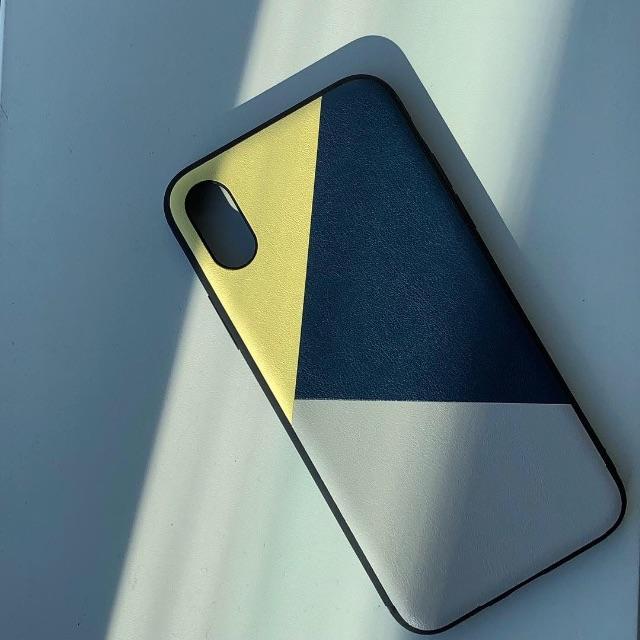 iphone7 ケース ヴィトン バイマ / VÄNERN | 北欧デザイン iPhoneケース ( 3色革調・イエロー )の通販 by BAYHOUSE52|ラクマ