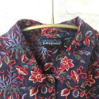 パタゴニア(patagonia)のパタゴニア  フラワープリント コットンシャツ(シャツ/ブラウス(長袖/七分))