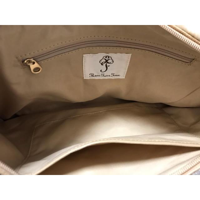 ThreeFourTime(スリーフォータイム)のねこ ファー クラッチバッグ グレー スリーフォータイム レディースのバッグ(クラッチバッグ)の商品写真