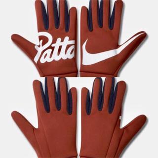 ナイキ(NIKE)の【ns.d様専用】Nike × Pattaランニンググローブ サイズS/M(手袋)