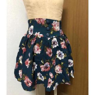 バイバイ(ByeBye)の美品♪ByeBye 花柄スカート♪まとめ割あり☆(ミニスカート)