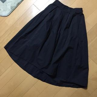 ジーユー(GU)のひざ丈 ジーユー スカート 黒 Sサイズ(ひざ丈スカート)