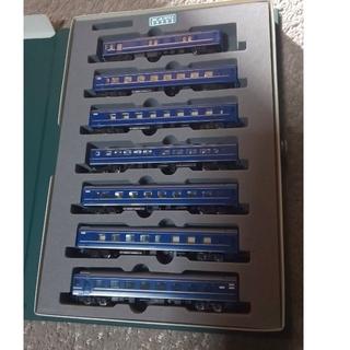 カトー(KATO`)の北斗星 24系客車+EF81北斗星機関車。(鉄道模型)
