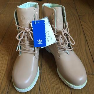 アディダス(adidas)のタグ付き新品未使用 adidas originals 天然皮革 アウトドアブーツ(ブーツ)