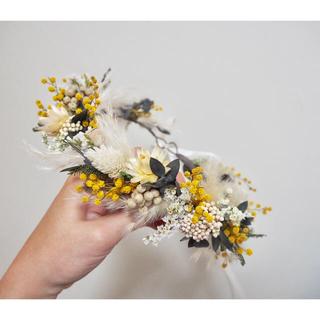 記念日を彩るドライフラワーの春色花かんむり〜mimosa ②〜(ドライフラワー)