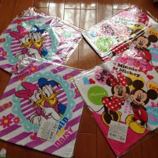 ディズニー(Disney)のループ付きタオル 幼稚園 保育園 双子 姉妹 女の子(通園バッグ)