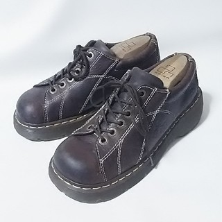 ドクターマーチン(Dr.Martens)の 海外限定!ドクターマーチン牛革レザー厚底ダッドシューズビンテージ茶   (ローファー/革靴)