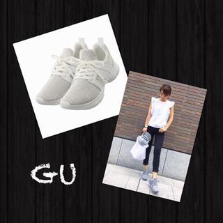 ジーユー(GU)のGU✨完売❗️新品・タグ付き スポーツスニーカー ニット スニーカー ホワイト(スニーカー)