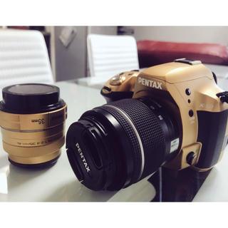 【単焦点レンズ付】k-50 pentax【ゴールド】(デジタル一眼)
