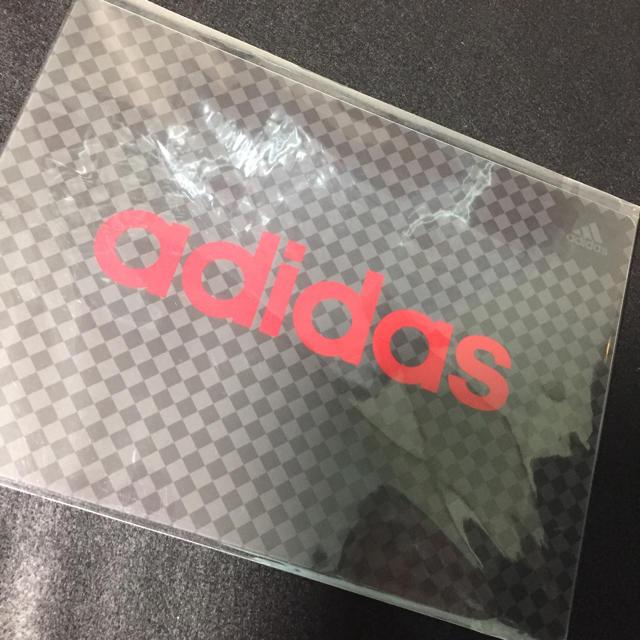 adidas(アディダス)のアディダス 筆記具セット インテリア/住まい/日用品の文房具(その他)の商品写真