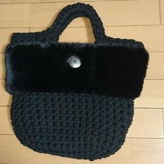 シマムラ(しまむら)のファー付マクラメ バッグ しまむら完売品(トートバッグ)
