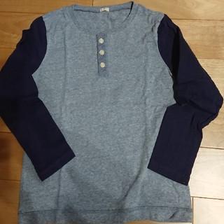 ジーユー(GU)の美品☆GUキッズカットソー☆130㎝(Tシャツ/カットソー)