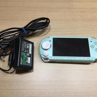 プレイステーションポータブル(PlayStation Portable)のPSP 2000(携帯用ゲーム本体)