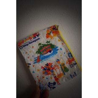 ディズニー(Disney)の[ディズニー]ファスナーポーチ「レア紙袋、ファスナー黄色」(ポーチ)