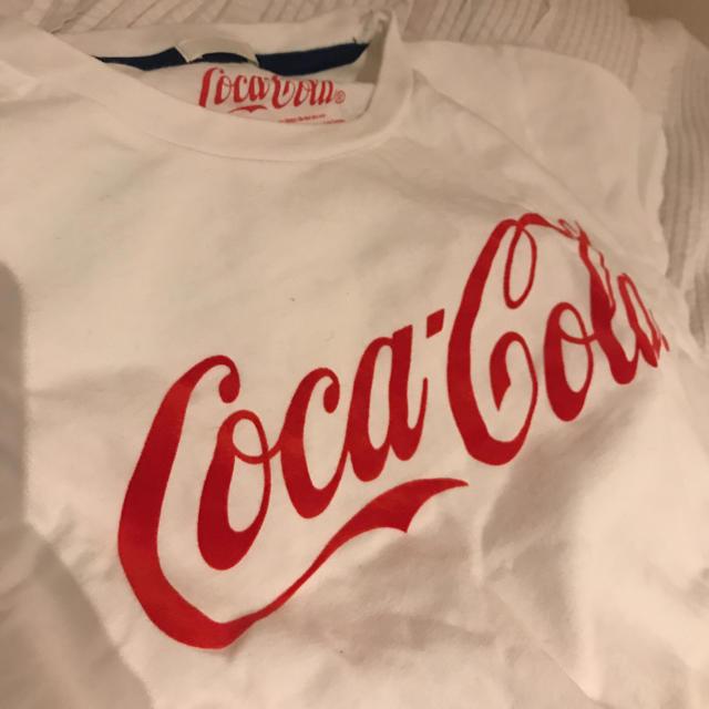 GU(ジーユー)のGU ×コカ・コーラ Tシャツ 男女兼用 メンズのトップス(Tシャツ/カットソー(半袖/袖なし))の商品写真