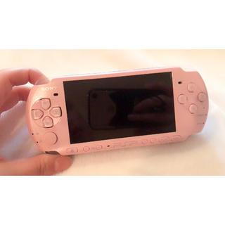 プレイステーションポータブル(PlayStation Portable)のPSP3000 本体 AKBコラボ(携帯用ゲーム本体)