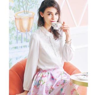 チェスティ(Chesty)のchesty チェスティ Elegant Flower Blouse ホワイト(シャツ/ブラウス(長袖/七分))