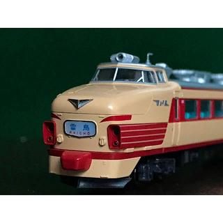 カトー(KATO`)のKATO 10-241  485系 初期形 雷鳥 8両基本セット(鉄道模型)