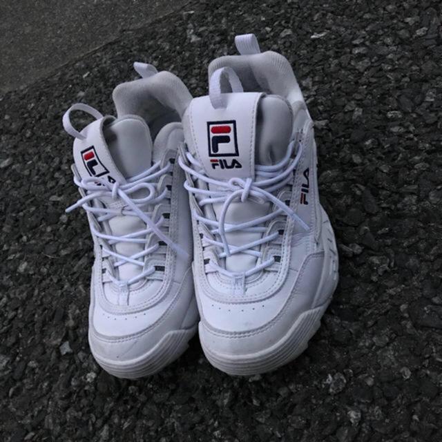 FILA(フィラ)のFILA シャークソール 韓国 ストリート 韓国 fashion メンズの靴/シューズ(スニーカー)の商品写真