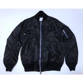 サカイ(sacai)の美品 SACAI 17AW MA-1 メンズ1 ブラック/ネイビー(フライトジャケット)
