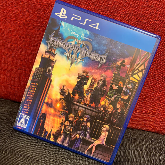 PlayStation4(プレイステーション4)のKH3 キングダムハーツ3 PS4 ゲームソフト美品 エンタメ/ホビーのテレビゲーム(家庭用ゲームソフト)の商品写真