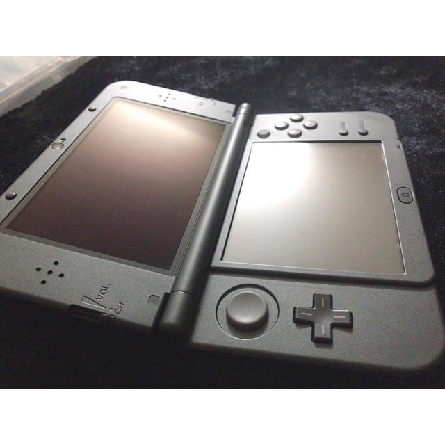 ニンテンドー3DS(ニンテンドー3DS)の【入手困難!?】 3NEWDS LL モンスターハンター 4G エディション エンタメ/ホビーのテレビゲーム(携帯用ゲーム本体)の商品写真