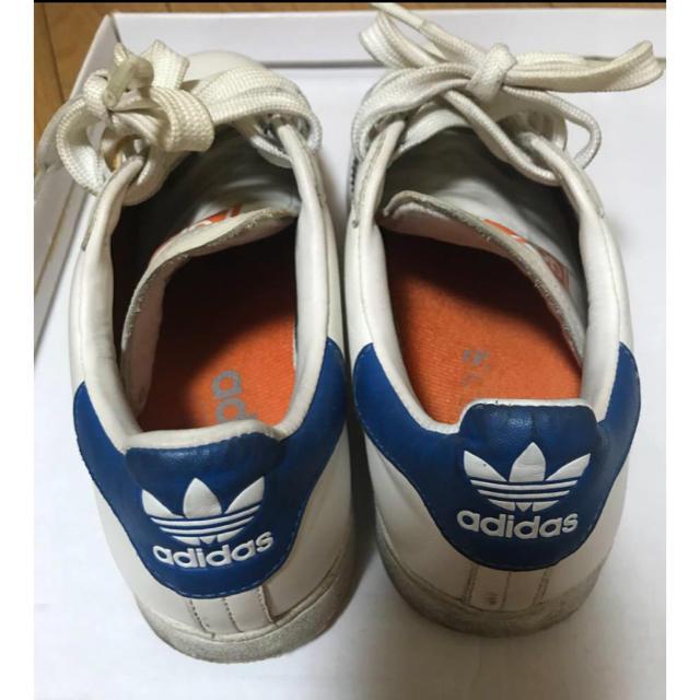 adidas(アディダス)のadidas アディダス SUPERSTAR スーパースタ 白 青 24.5 レディースの靴/シューズ(スニーカー)の商品写真