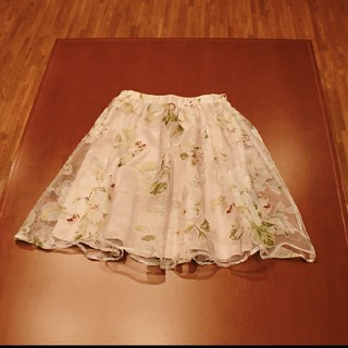 エディグレース(EDDY GRACE)の春物♪EDDY GRACEの花柄オーガンジースカート♪free size(ひざ丈スカート)
