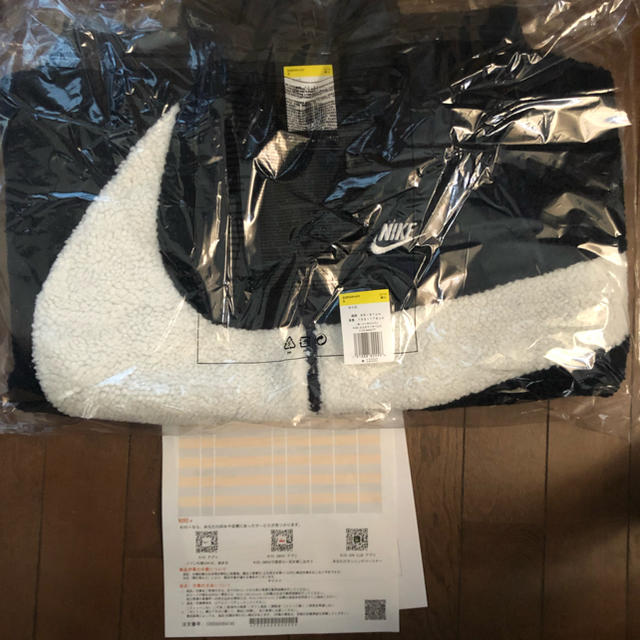 NIKE(ナイキ)のNike スウッシュ ボア ジャケット Sサイズ ネイビー メンズのジャケット/アウター(ナイロンジャケット)の商品写真