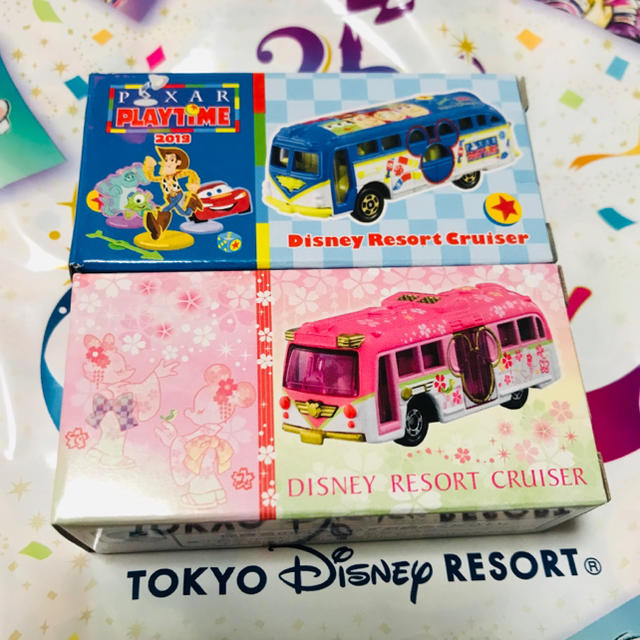 Disney(ディズニー)のディズニー さくら ピクサープレイタイム トミカ リゾートクルーザー エンタメ/ホビーのおもちゃ/ぬいぐるみ(ミニカー)の商品写真