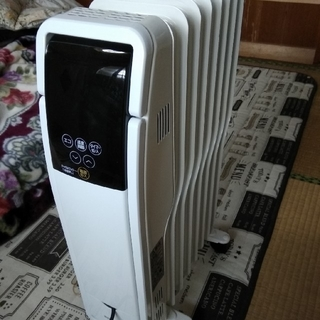 アイリスオーヤマ(アイリスオーヤマ)のアイリスオーヤマ オイルヒーター タイマー付 ホワイト POH-S1208M-W(オイルヒーター)