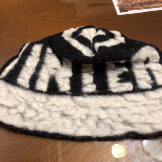 エンポリオアルマーニ(Emporio Armani)のEMPORIO ARMANI    ニット帽(ニット帽/ビーニー)