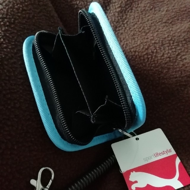 RINON22様 エナメルコインケース 新品未使用 PUMA キッズ/ベビー/マタニティのこども用ファッション小物(財布)の商品写真
