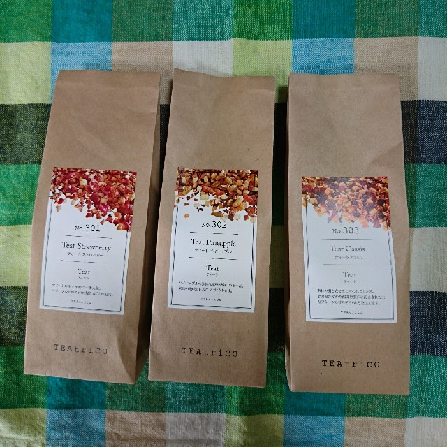 TEAtrico ティートリコ 食べれる紅茶 50gサイズ色々選べる3点セット 食品/飲料/酒の飲料(茶)の商品写真
