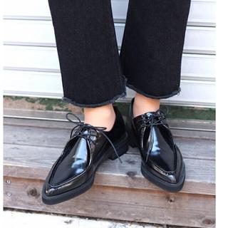 トゥデイフル(TODAYFUL)のviaj ポイントトゥドレスシューズ(ローファー/革靴)